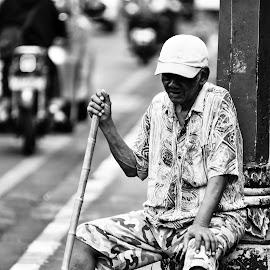 by Achmad Ramadan - People Street & Candids