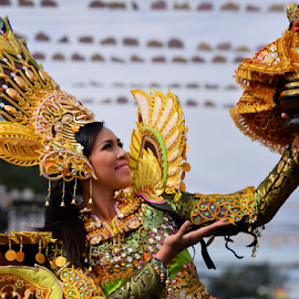 Another Queen For SInulog 2015 by Ferdinand Ludo - People Portraits of Women ( grand stand parade, fuente osmena, praise the sto nino, 20+ age category )
