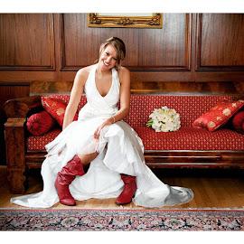 Samantha at Kentlands Mansion in Gaithersburg, MD || by Mike Lesnick - Wedding Bride ( Love, Wedding, TrueLove, Hitched, DreamWedding, DCWeddingPhotographer, DCPhotographer, DCWedding, DCWeddingPhotography, VAWedding, VAPhotographer, VAWeddingPhotographer, WeddingDream, WeddingPhotographer, WeddingDay, Weddinglicious, WhiteWedding, WeddingInspiration, HappilyEverAfter )
