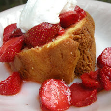 Simple Easy Pound Cake