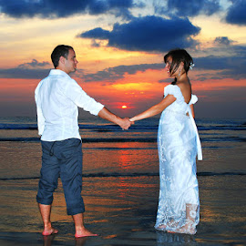 Love You by Amin Basyir Supatra - Wedding Bride & Groom ( love, kuta, bali, prewedding, wedding, sea, beach )
