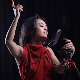 anggie song by Irwansyah Syah - People Musicians & Entertainers