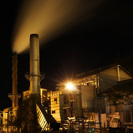 Bundaberg Mill night by Michael Mitchell - Buildings & Architecture Other Exteriors ( mill, bundaberg, night, stacks, sugar )