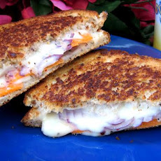 Easy, Spicy, Veggie Grilled Cheese