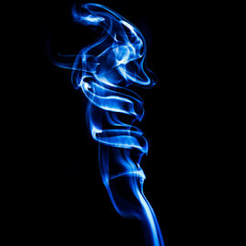 Smoke it by Wim Moons - Abstract Light Painting