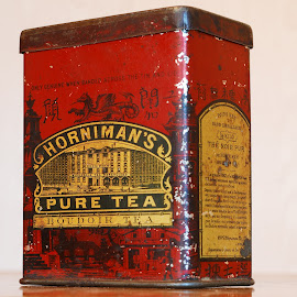 Horniman's tea by Sámuel Zalányi - Artistic Objects Antiques ( wwii, british, box, tea, antique,  )