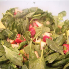 Spinach and Fruit Salsa Salad
