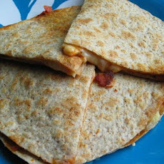 Lunchbox Pizza Quesadilla