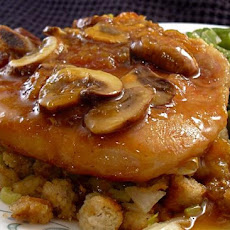 Country Pork Chops With Mushroom Gravy