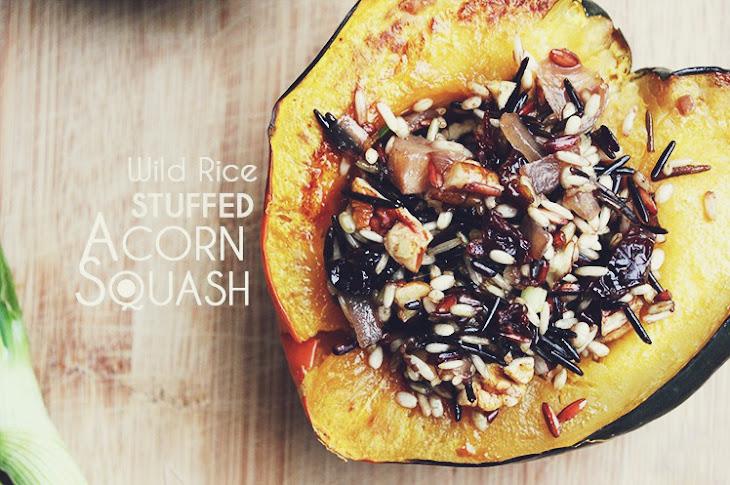 Wild Rice Stuffed Acorn Squash Recept | Yummly