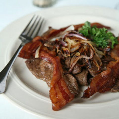 Pan-Fried Turkey Livers with Bacon and Onions