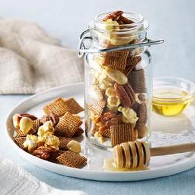 Shreddies Honey Nut Crunch Mix