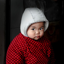 Adorable  by Hussin Mohd Nor - Babies & Children Child Portraits ( ghuanzhou, china )