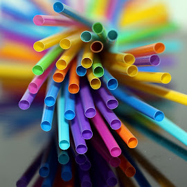 Straws by Patrizia Sapia - Artistic Objects Other Objects ( colori, cannucce, geometria, astratto )