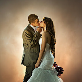 kiss by Ante Gašpar - Wedding Bride & Groom