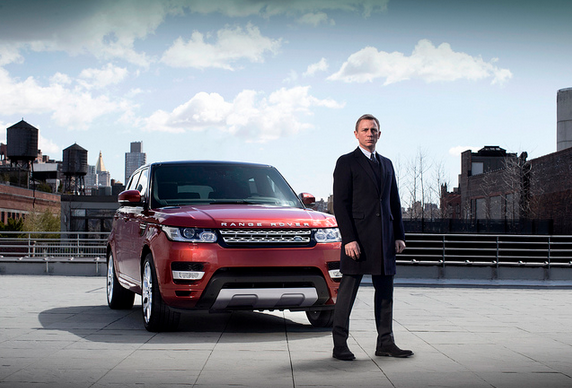 James Bond New Range Rover 2014