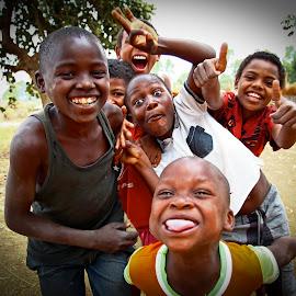 True essence by Avelino Vieira - Babies & Children Children Candids ( cuamba, children, mozambique )