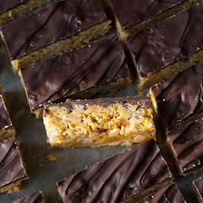No-Bake Peanut Butter Crunch Cereal Bars