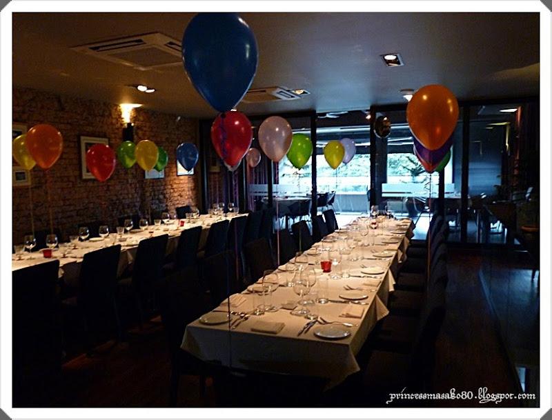 Interior leonardo 39 s dining room wine loft malaysia for Leonardo s dining room