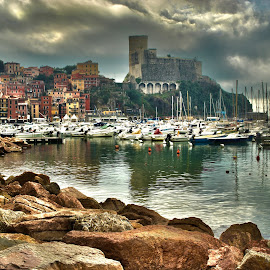 Lerici by Dario Tarasconi - City,  Street & Park  Historic Districts ( lerici, liguria, sea, castle, italy. )