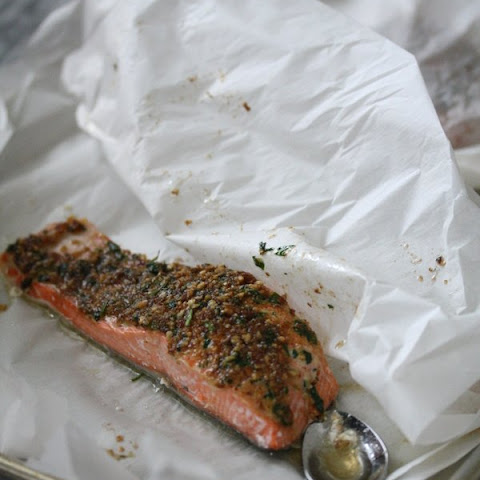 Ginger-Almond Crusted Baked Salmon Packets