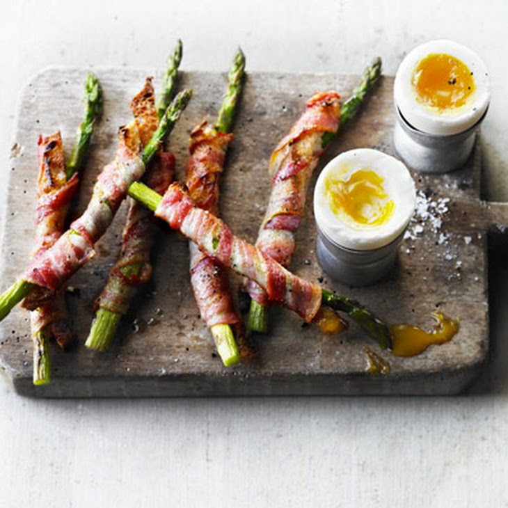 Soft-boiled Duck Egg With Bacon & Asparagus Soldiers Recept | Yummly
