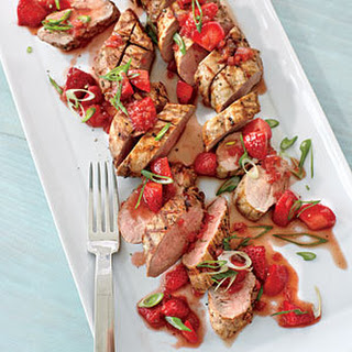 Pepper-crusted Pork Tenderloin with Strawberry-Balsamic Sauce