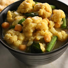 Cauliflower Green Curry Recipe