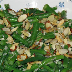 Green Beans With Blue Cheese and Toasted Almonds