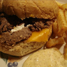 Crock Pot (Slow Cooker) French Dip Roast Beef Sandwiches