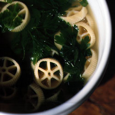 Chicken Broth with Pasta and Parsley