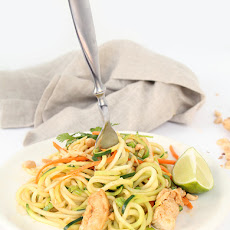 Asian Peanut Zucchini Noodles with Chicken + Skinnytaste Cookbook Giveaway!