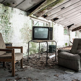 abandoned furniture by Nicky Staskowiak - Artistic Objects Furniture ( furniture, abandoned,  )