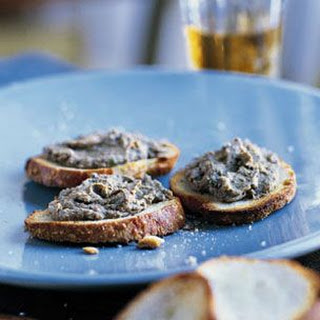 Crostini with Chicken Liver Pâté