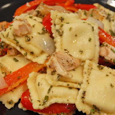 Cheese Ravioli with Pesto, Red Peppers and Grilled Chicken