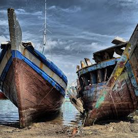 by Arya Kusuma - Transportation Boats