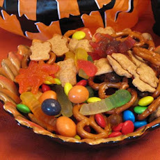 Wiggly Worm Trail Mix