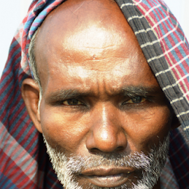 old orphan ! by Mustafa Raihanur Rahman Raihan - People Portraits of Men ( bangladesh, mad, jipsy, old man, hatirjhill, dhaka )