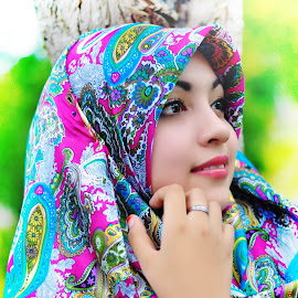RABIATUL ADAWIYAH by Muhammad Syafik - People Fashion ( malay, people, photography, potraiture, portrait, potraits )