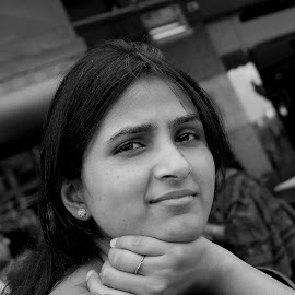 manno  by Ashish Kumar Srivastava - People Family ( girl, close up, people, women, portrait, woman, b&w, person )