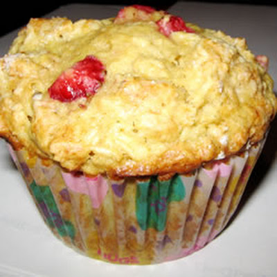 Strawberry Oat Muffins
