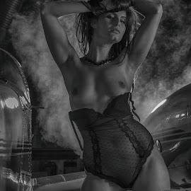Steamy by Tatjana GR0B - Nudes & Boudoir Boudoir (  )