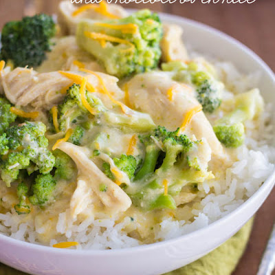Slow Cooker Creamy Chicken and Broccoli Over Rice