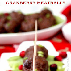 Sweet and Spicy Cranberry Meatballs (Slow Cooker)