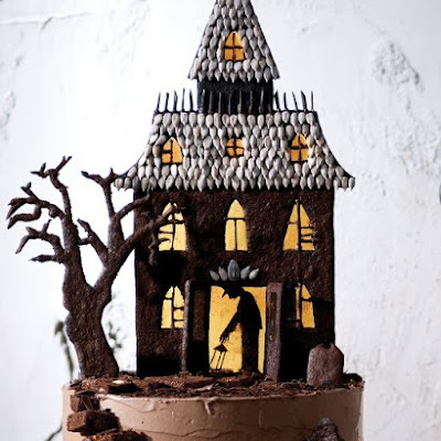 Haunted-House Cake