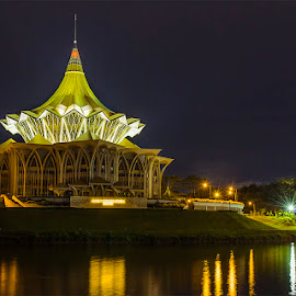 Majestic night at Kuching Waterfront by Ithni Shaari - Buildings & Architecture Office Buildings & Hotels ( structure, waterscape, majestic, kuching, reflections, architecture, landscape, nightscape, lights, sparkling, colourful, shadow, buidling, waterfront, sarawak )