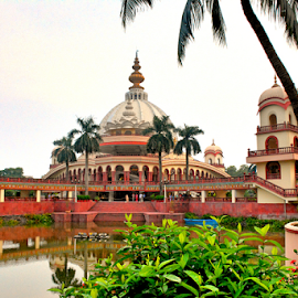 ISKCON TEMPLE  by Ravi Kashyap - Buildings & Architecture Statues & Monuments ( west bengal, india )