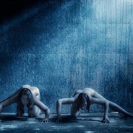 Daywalkers by Catchlights Fotografie - Nudes & Boudoir Artistic Nude ( vampire, nude, hunt, prowl, blade, legs, sunlight, natural, women )