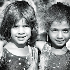 by Mahmoud Reza Moeinpour - Babies & Children Child Portraits ( girl child, girl, black and white, portrait )