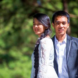 Presenting by Jenkinson Balinggan - Wedding Getting Ready ( love, prewedding, happy, wedding, couple, smile, moments )